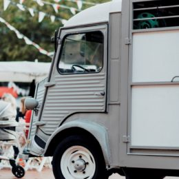 Foodtruck Victor - Souvenirs de France - Amstelveen -_CBO67000110
